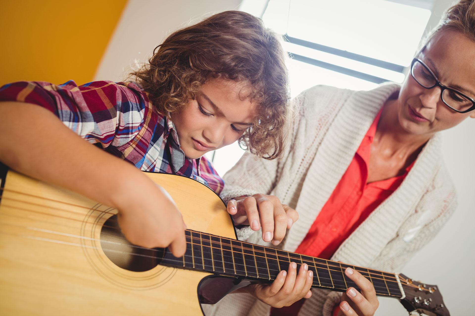 Angebotsbild-Gitarrenunterricht
