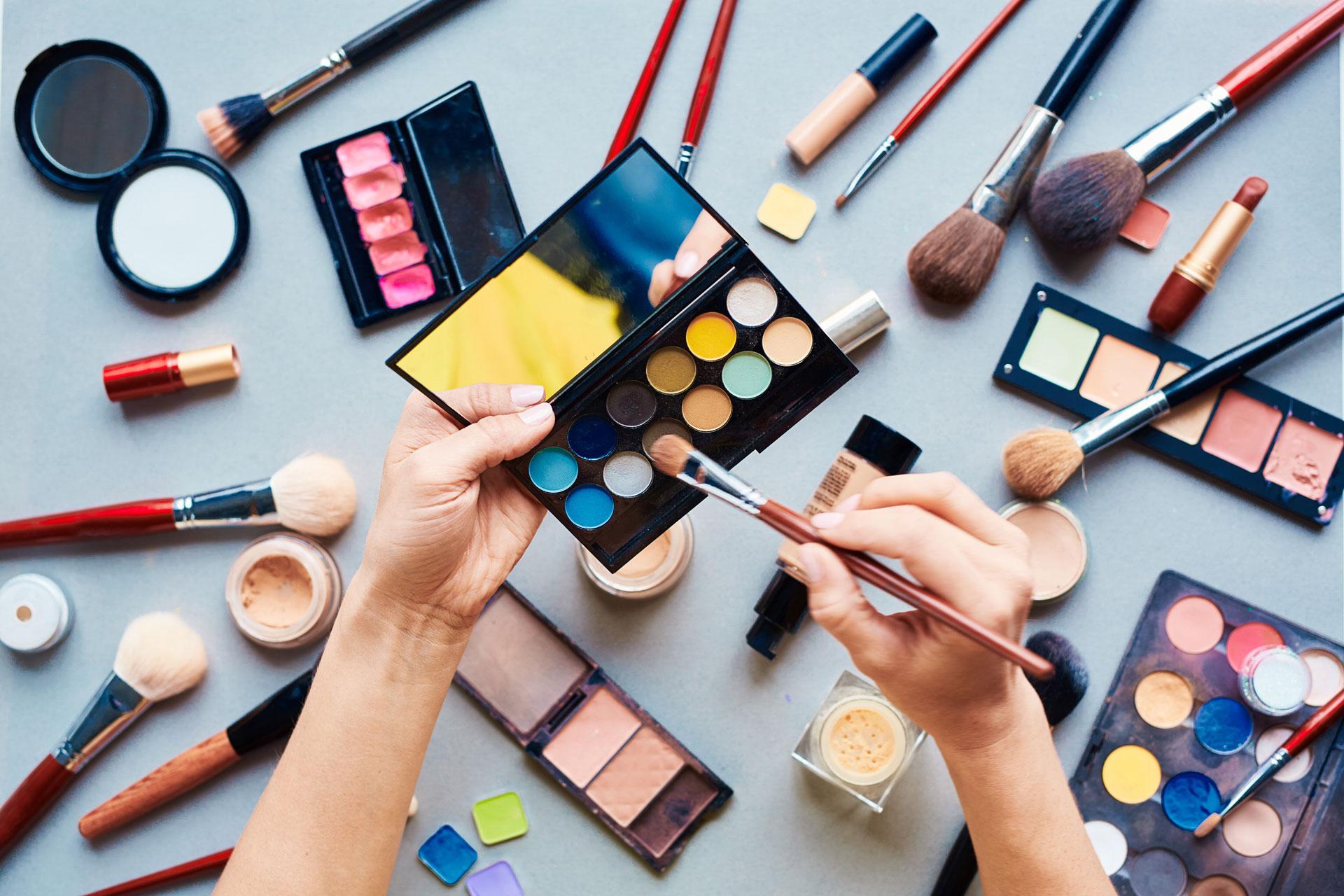 Angebotsbild-Kosmetiker