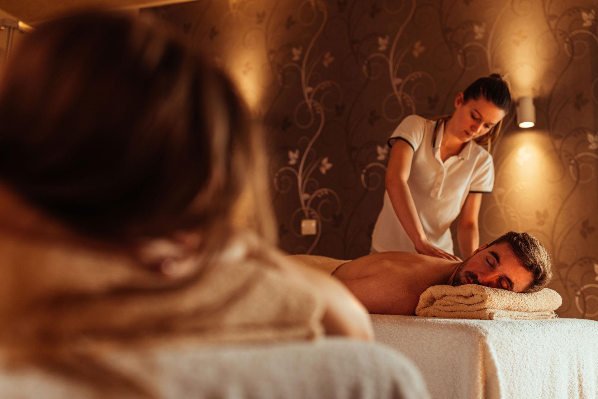Angebotsbild-Massage-Studios